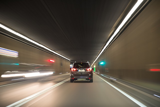 provoz v tunelu